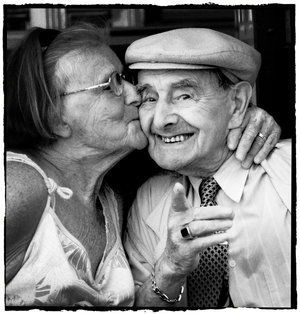 happy-old-couple